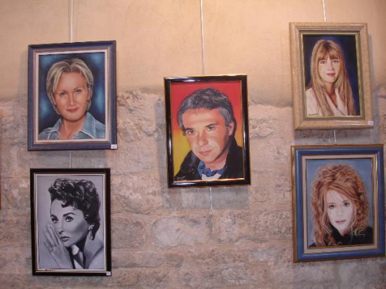 Patricia Kass, Elizabeth Taylor, Michel Sardou, Hélène, Mylène Farmer